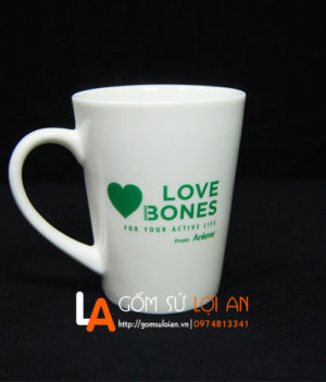 Cốc in logo love bones